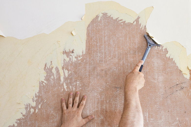 DIY: Peeling Wallpaper